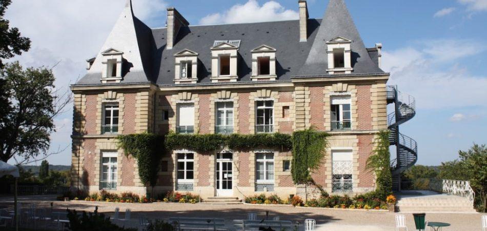 chateau-malvau-facade